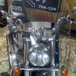 Ветровое стекло и крепление для Triumph America